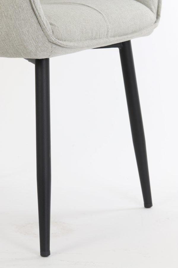 eetkamerstoel armleuning Scandinavisch beige zwarte poten