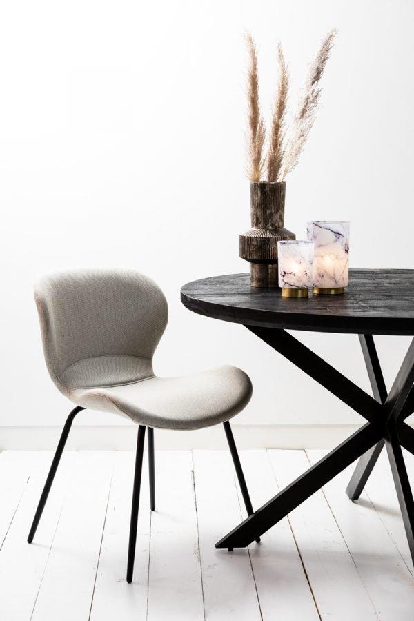 eetkamerstoel Scandinavisch beige zwarte poten