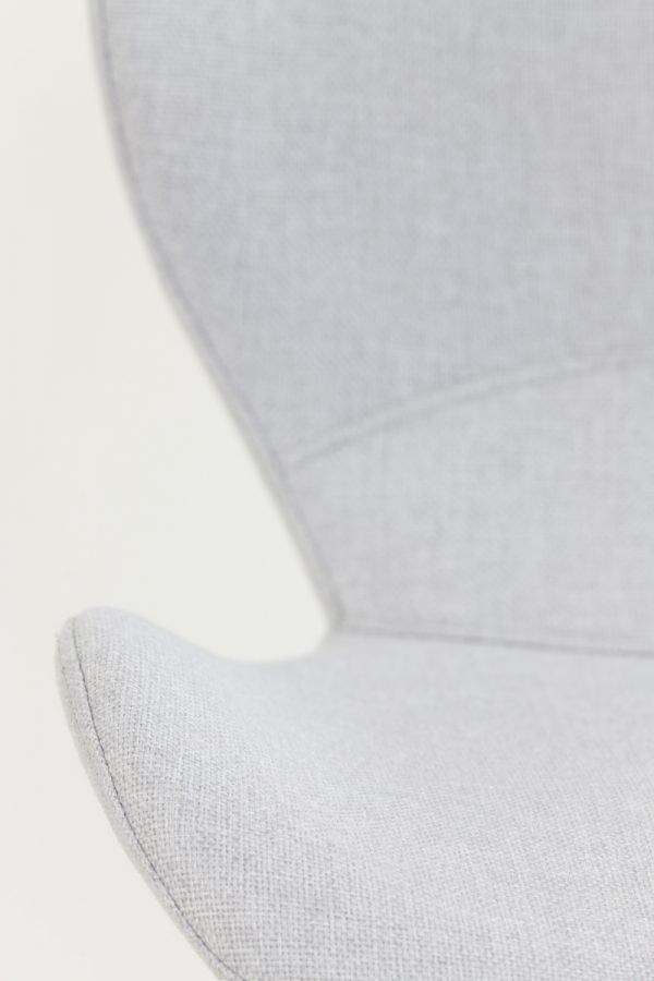 eetkamerstoel Scandinavisch licht grijs zwarte poten